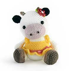 Zoomigurumi 3 - Clementine the cow crochet pattern