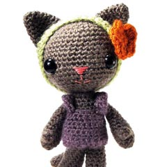 Zoomigurumi Tara the cat crochet pattern