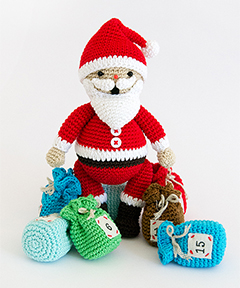 Amigurumi Winter Wonderland - Santa Claus crochet pattern