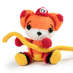 Amigurumi Animals at Work - Flynn the fireman fox