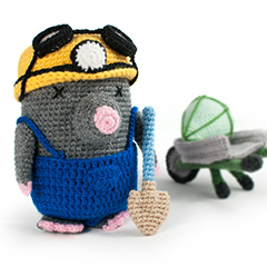 Amigurumi Animals at Work - Mr Dudley the mole miner